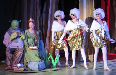 Svct S Shrek The Musical Twists Fairy Tales Into Comical Delight Morgan Hill Life