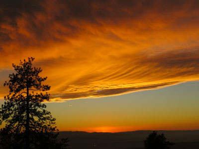 Community Voices: Extraordinary sunsets and breathtaking Moon rises — on the same trail