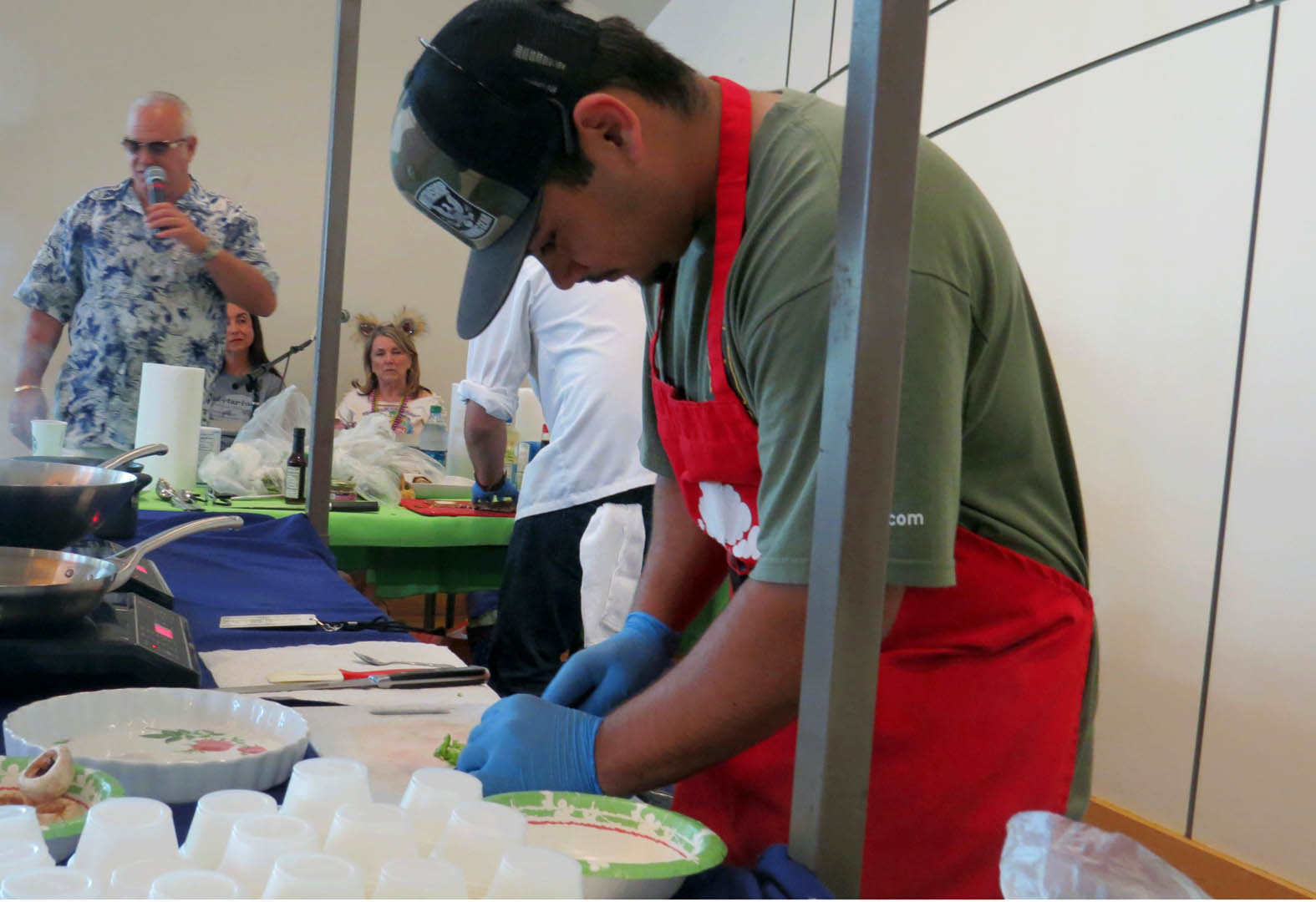 Two students win inaugural cooking contest at Mushroom Mardi Gras