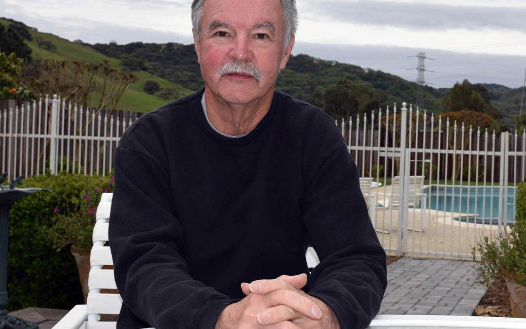 Senior profile : Former teacher stays involved raising money for supplies for current teachers